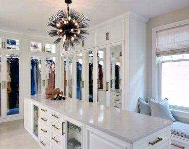 Deslaurier Custom Cabinets